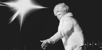 Mary Kay Ash: Paving The Way For Female Entrepreneurs