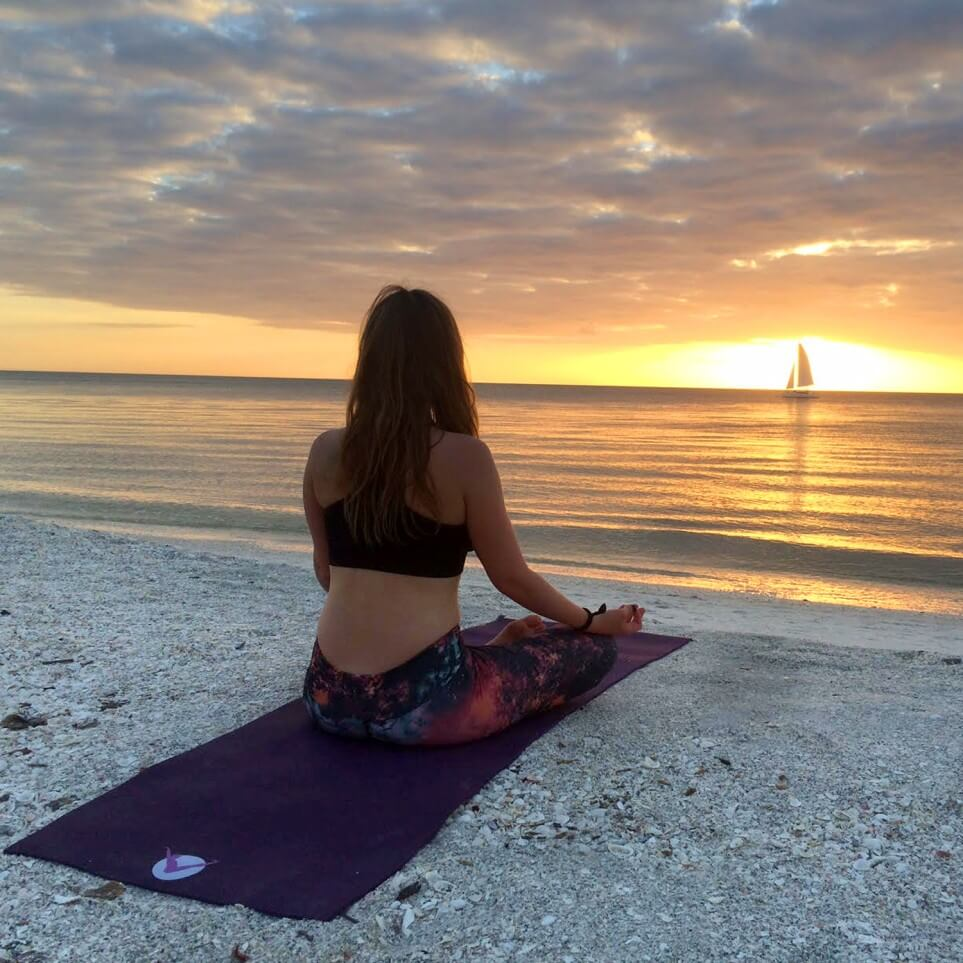 Aurorae: Passion and Profit in the Yoga Industry